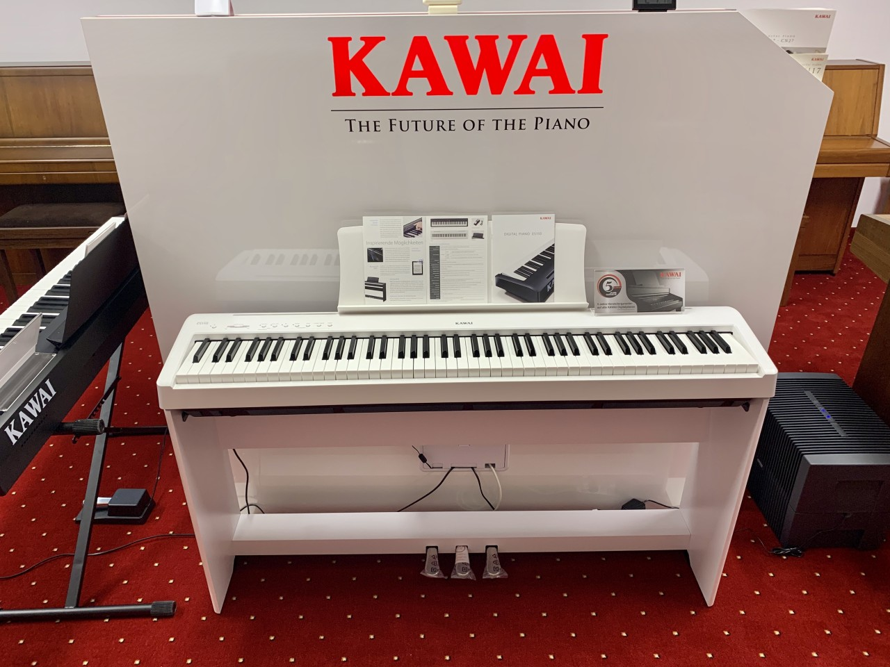 Kawai ES110 Deluxe Bundle